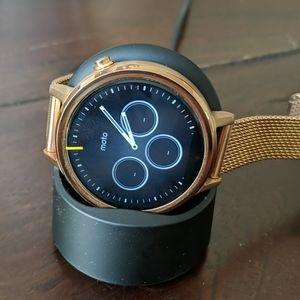 2nd Gen Moto 360 Smart Watch in Rose Gold